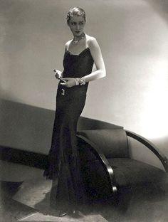 Marion Morehouse, photo by Edward Steichen, 1929