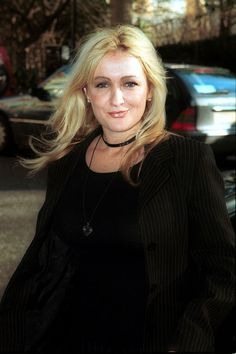 Caroline Aherne, a wonderful talent RIP Caroline British Comedy, Laugh A Lot, Lung Cancer, Tv On The Radio, Funny People, Lunges, Comedians, Actors & Actresses, All About Time