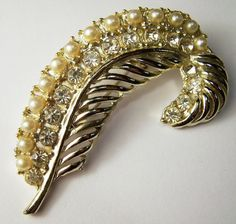 Vintage Rhinestone Feather Pin Faux Pearl Gold by GretelsTreasures