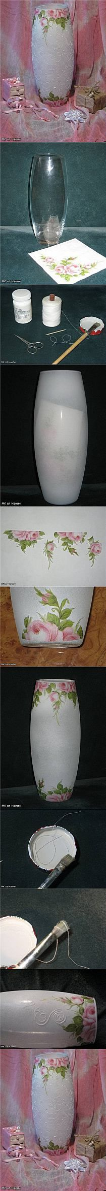 Discover thousands of images about Decoupage and hot glue idea for decorated bottles Mason Jar Crafts, Bottle Crafts, Diy Projects To Try, Art Projects, Project Ideas, Fun Crafts, Diy And Crafts, Decoration Shabby, Bottle Art