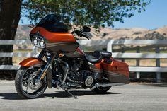 (FLTRXSC2 SE) CVO™ Road Glide® Custom 3