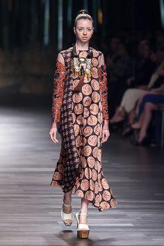 Biyan, Women's Wear Collection – Spring/Summer 2015 – The Actual Style Unique Dresses, Dresses For Teens, Trendy Dresses, Vintage Dresses, Short Dresses, Chic Outfits, Fashion Outfits, Batik Fashion, Summer 2015