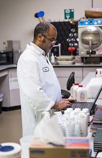Produtos Forever: A Forever Living Products emprega cientistas globa...