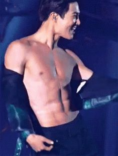 𝐧𝐨𝐭 𝐬𝐨 𝐚𝐩𝐩𝐫𝐨𝐩𝐫𝐢𝐚𝐭𝐞 𝐞𝐱𝐨 𝐠𝐢𝐟𝐬 - 2 - suho(e)⌇수호(ㅔ) Suho Exo, Exo Kai Abs, Kpop Exo, Sexy Asian Men, Sexy Men, Wattpad, Sekai Exo, Fanfic Exo, Kim Joon Myeon