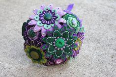 Custom Color Toss Felt and Button Bouquet. $35.00, via Etsy.