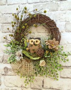 Owl Summer Wreath for Door, Owl Wreath, Burlap Wreath, Front Door Wreath… Etsy Wreaths, Owl Wreaths, Wreath Crafts, Deco Mesh Wreaths, Wreaths For Front Door, Diy Wreath, Grapevine Wreath, Wreath Burlap, Burlap Owl