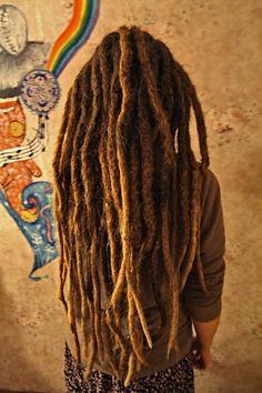 reminder to self that thick chunky dreads *do* look good Dreadlock Rasta, Dreadlocks Girl, Locs, Rasta Dreads, Synthetic Dreadlocks, Dreadlock Hairstyles, Messy Hairstyles, Rasta Girl, Natural Dreads