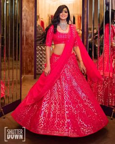 Designer bridal lehenga, indian wedding fashion X When bride-to-be visited the studio, she picked this delicious pink lehenga for… Dusty Pink Outfits, Pink Lehenga, Lehenga Choli, Indian Wedding Fashion, Designer Bridal Lehenga, Wedding Attire, Wedding Wear, Indian Wedding Planning, Half Saree