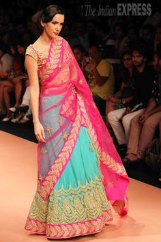 Colorful Saree at Lakme Fashion week, India Indian Attire, Indian Ethnic Wear, Indian Girls, Ethnic Fashion, Asian Fashion, Indian Dresses, Indian Outfits, Lakme Fashion Week, Indian Couture