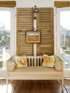 Old shutter decoration ideas are perfect if you want to give your home a touch of shabby chic charm.