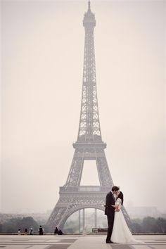 I want at least 1 where the main focus is the Eiffel Tower.