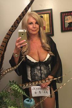 Anneke Mature Porn 31