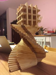 Finally figured out this clever spiral. Engineering Projects, 3d Projects, Wooden Building Blocks, Wood Toys, Architectural Elements, Jenga, Diy For Kids, Plank, Diy And Crafts