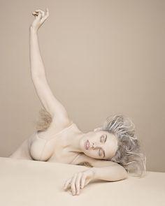Laura Bonnefous #laurabonnefous #photographer #fineart #art #beauty #woman #women #photography #photoshoot #contest #normalmagazine #normal #magazine #nude #nudeart #photographe #photographie #femme