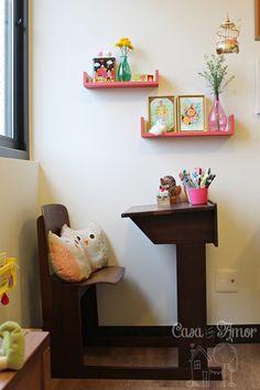 carteira escolar antiga como escrivaninha infantil - quarto feliz 651