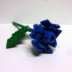 Custom Blue Single Stem Open Rose by FoldedFancy on Etsy Lego Creationary, Lego Toys, Legos, Lego Hogwarts, Lego Star Wars Mini, Lego Wedding, Lego Racers, Lego System, Open Rose