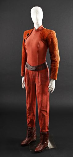 Original Major Kira Nerys (Nana Visitor) Costume | Close Up pictures of the costume