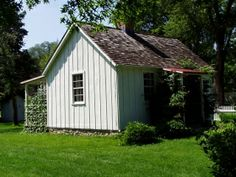 Herbert Hoover birthplace in Iowa Herbert Hoover, Presidential History, Historical Landmarks, Haunted Places, Us Presidents, Iowa, American History, Places Ive Been, House Design