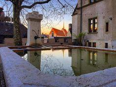 Der Lohnhofbrunnen bei Abenddämmerung. ©Daniel à Wengen