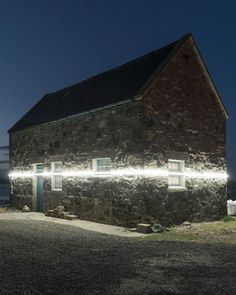 lines of light mark inevitable sea level rise from climate change Installation Street Art, Light Installation, West Coast Scotland, Sea Level Rise, Water Pond, Climate Change Effects, Tiny House Cabin, Concrete Design, Facade Architecture