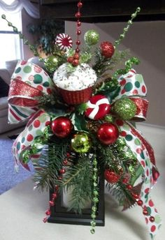 SWEETS & TREATS - Decorative Christmas Swag/Bow by DecorClassicFlorals, $29.95: