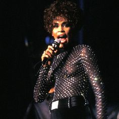 Whitney Houston Biography - Facts, Birthday, Life Story - Biography.com