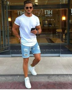 Summer Shorts Outfits, Casual Summer Outfits, Easy Outfits, Mens Casual Summer Fashion, Mens Summer Shorts, Men's Summer Clothes, Men Summer Style, Summer Jeans, Mode Masculine