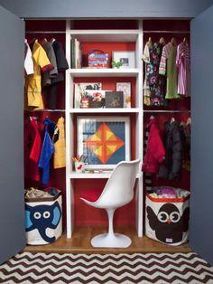 MDF Workstation Storage-Small Kids Room Design Solution, Smart Storage and Organization Ideas Closet Desk, Boys Closet, Closet Space, Closet Doors, Playroom Closet, Closet Wall, Closet Vanity, Closet Drawers, Wardrobe Closet