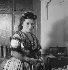 Operatic mezzo-soprano Jennie Tourel, New York 1943 -  Roman Vishniac