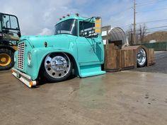 Truck Flatbeds, Shop Truck, Farm Trucks, New Trucks, Diesel Trucks, Custom Pickup Trucks, Custom Truck Parts, Mustang, Medium Duty Trucks