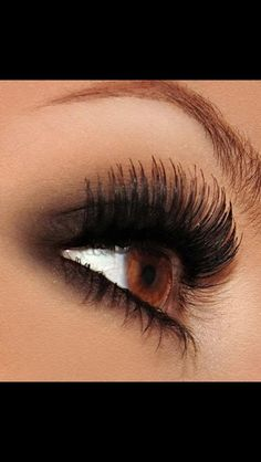 Long false lashes