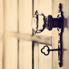 vintage door knob & lock. Maybe even just for the master bedroom :)