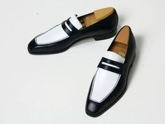 Handmade men fashion spectator shoes white and black shoes Men dress shoes #Handmade #LoafersSlipOns
