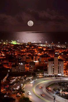 Full Moon in Salvador, Bahia - Brazil Wonderful Places, Beautiful Places, Beautiful Pictures, Beautiful Moon, Beautiful World, Places Around The World, Around The Worlds, Beto Carrero World, Places To Travel