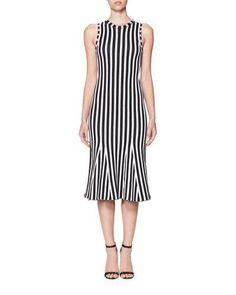 B3R26 Victoria Beckham Wide-Stripe Intarsia Kick-Flare Dress