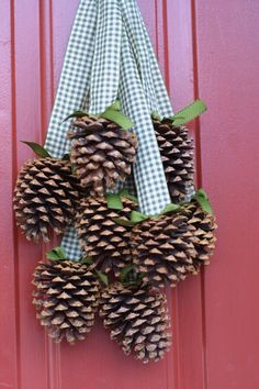 simple but pretty, pinecones and ribbons