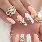 "1,919 Likes, 38 Comments - CustomTnails (@customtnails1) on Instagram: ""💎💎💎💎GLAM THE RUNWAY💎💎💎 Custom for my boo @alisa808  Using @daily_charme chrome…"""