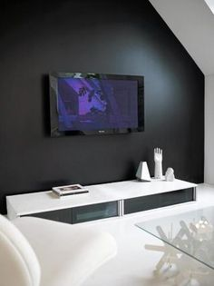 tv black wall