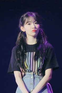 Sakuratan #miyawakisakura #sakura #izone Cute Korean, Korean Girl, Yuri, Sakura Miyawaki, Girl Artist, Japanese Girl Group, Long Black Hair, Girl Bands, Kpop Girls