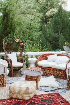 New Backyard Boho Wedding Lounge Areas 20 Ideas Boho Lounge, Bohemian Patio, Modern Lounge, Lounge Decor, Modern Boho, Bohemian Decor, Lounge Design, Wedding Lounge, Wedding Set Up