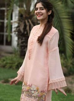 For price and details, contact on WhatsApp Pakistani Fashion Casual, Pakistani Dresses Casual, Pakistani Dress Design, Indian Dresses, Couture Dresses, Women's Fashion Dresses, Girl Fashion, Simple Dresses, Beautiful Dresses
