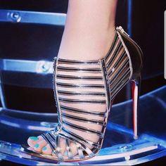 Sexy High Heels, Frauen In High Heels, Beautiful High Heels, High Heels Stilettos, Strappy Heels, High Heel Boots, Womens High Heels, Stiletto Heels, Shoes Heels