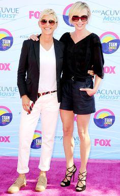 Ellen DeGeneres  Portia de Rossi @ 2012 Teen Choice Awards (cute couple outfit alert!)