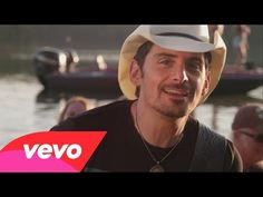 This is SOOO CUTE, have you seen this video of Brad Paisley with Twiggy the squirrel, it will make you SMILE :)