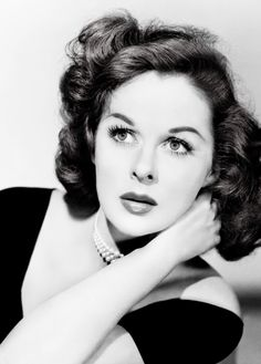 Lady Hollywood beautiful photo of Susan Hayward Old Hollywood Stars, Hollywood Icons, Old Hollywood Glamour, Hollywood Actor, Golden Age Of Hollywood, Vintage Hollywood, Hollywood Actresses, Classic Hollywood, Vintage Glamour