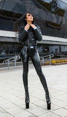 Shiny Leggings, Leggings Are Not Pants, Bodysuit, Sexy Latex, Skinny Girls, Girl Fashion, Womens Fashion, Gothic Girls, Leather Fashion