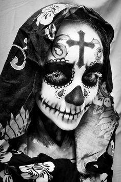 Dead Sexy - Dia de los Muertos-Girl. Sugar Skull Art.