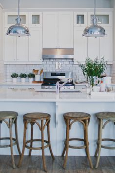 Brittany accessorized her all-white kitchen with playful accents and a variety of metals. The island. - Style at Home Home Kitchens, Modern Country Kitchens, Kitchen Remodel, Kitchen Inspirations, Farmhouse Kitchen Inspiration, Country Kitchen, Home Decor Kitchen, Rustic Country Kitchen Decor, Modern Farmhouse Kitchens