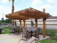 Pergola/Shade Arbor.  Steel cord idea for supports up top.DON'T like this design