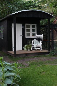 Fru Pedersens have: Velkommen indenfor i den lille nye skurvogn.